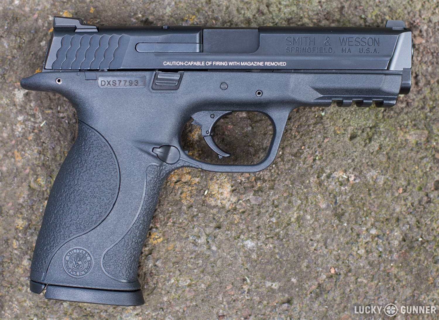 Smith & Wesson M&P9 full size
