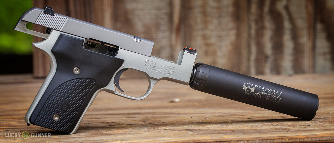 Smith & Wesson 2213