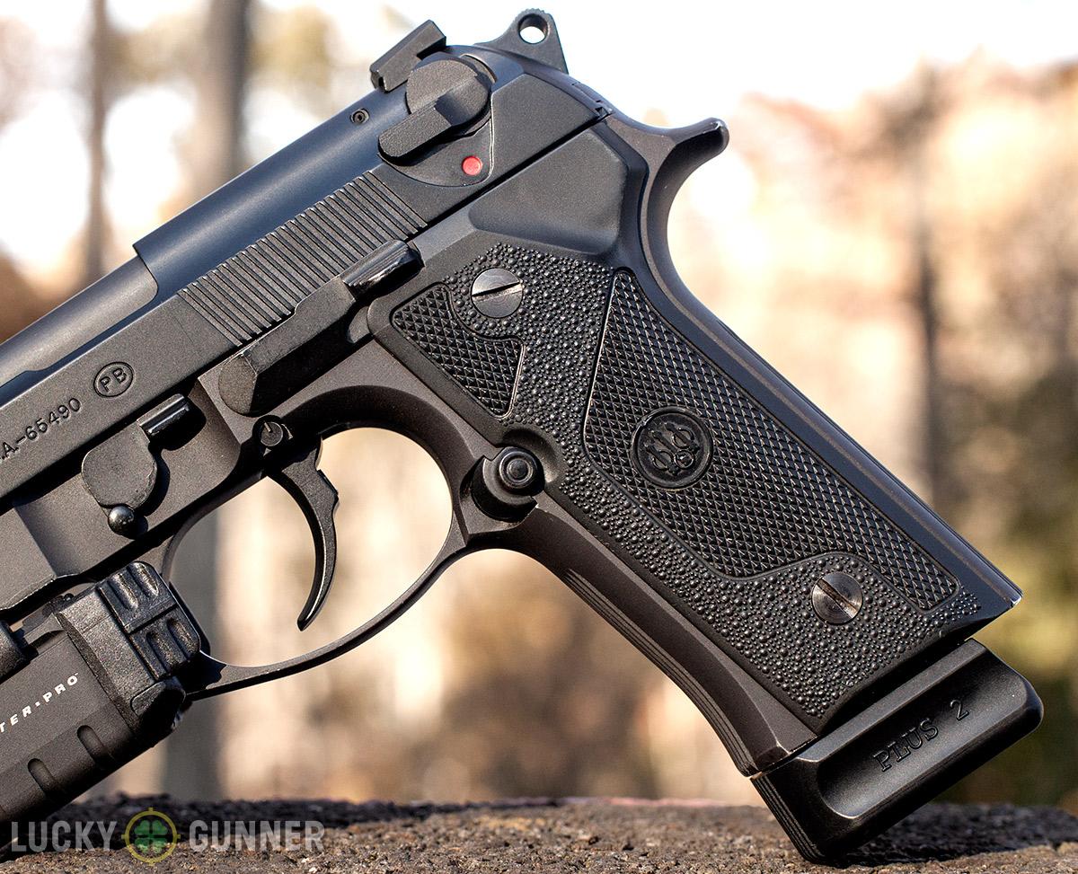Beretta 92 Vertec Grip