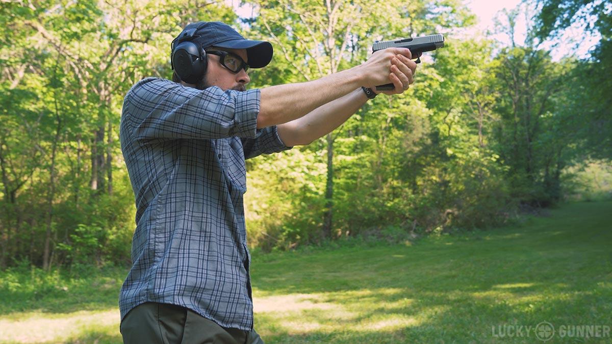 Chris Baker shooting Glock 48