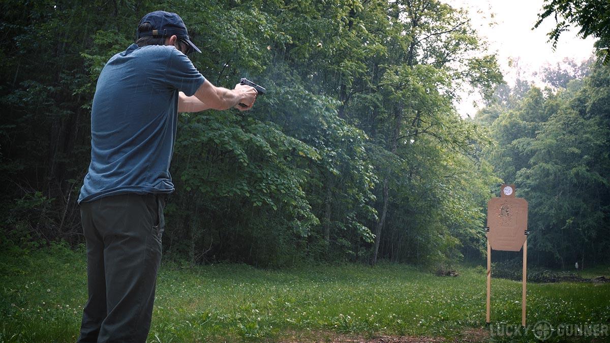 shooting Glock 48 in the rain