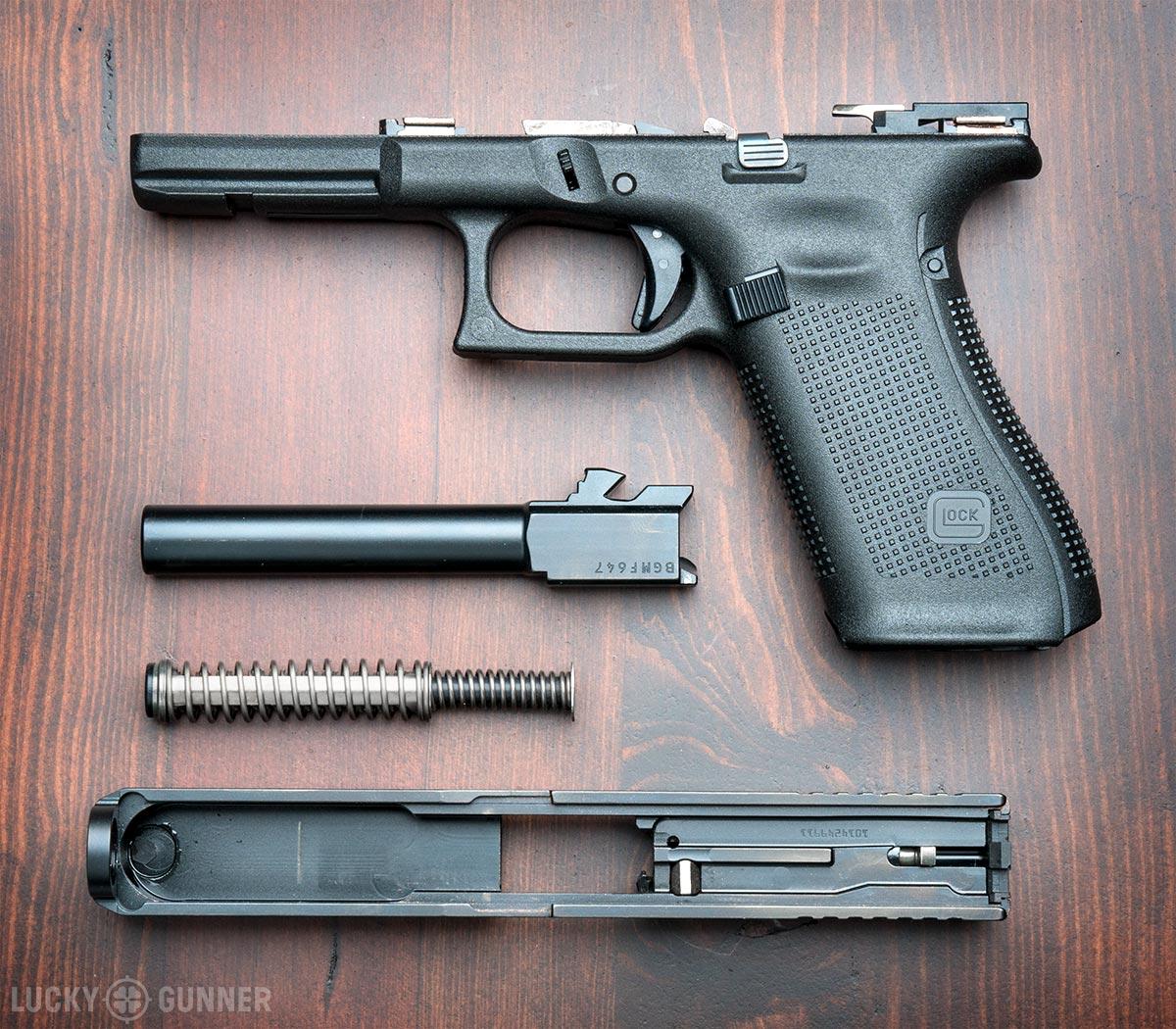 Review: The Glock 17M Duty Pistol - Lucky Gunner Lounge